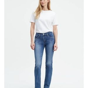 Levi 315 Shaping Bootcut Jeans